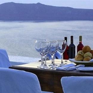 Santorini Adasında Yeme İçme