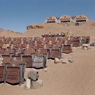 Sina Çölünün Ortasında Esrarengiz Bir Sinema