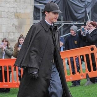 İşte Karşınızda Orijinal Sherlock Kostümü