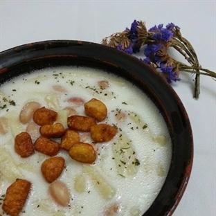 Yoğurtlu kesme çorbası nasıl yapılır