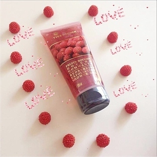 Yves Rocher Peelingli Duş Jeli ( Kırmızı Meyveler