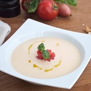 Beyaz Domates Çorbası Nasıl Yapılır?