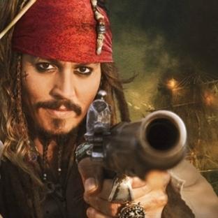 Büyük bütçeli ve ödüllü filmlerin çekim hataları