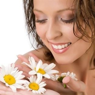 Doğa Renkler ve Çiçekler Sunuyor