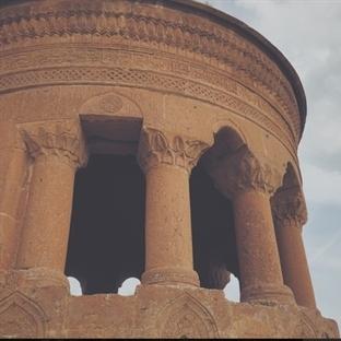 Doğu Anadolu'da Bir Dünya Harikası: Ahlat