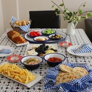 Emayeli Kahvaltı Masası