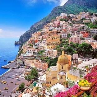Filmlerden Tanıdığınız Amalfi Kıyılarını Gezdik..