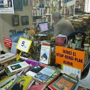 Kadıköy'de Kitap Alışverişi: Kafkas Pasajı