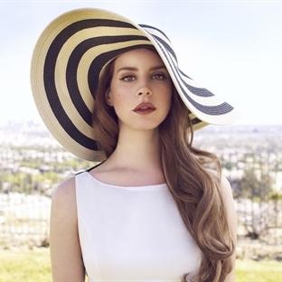 Kimi Dinliyorum; Lana Del Rey