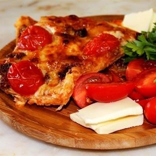 Lavaş Ekmeğinden Pratik Pizza