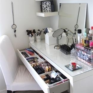 Makyaj Masanız Nasıl Olmalı ?