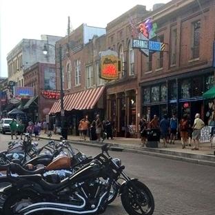 Memphis: Eski bir Amerikan Filminin İçindeyim