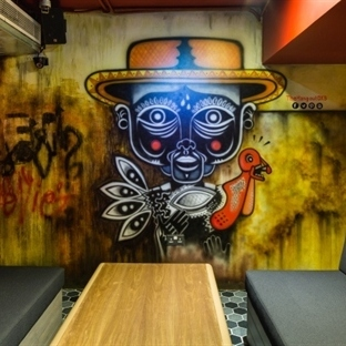 Studio EM'den Dubai'de The Hangout Restaurant