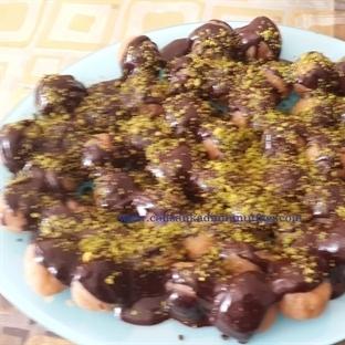 Antep Fıstıklı Çikolata Soslu Un Helvası