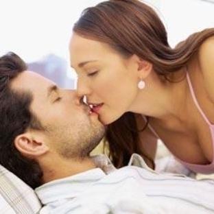 Aşık Çiftlerin Aşk Hayatı Daha mı Renkli?