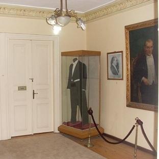Atatürk Evi Restorasyondan Sonra Tekrar Açıldı