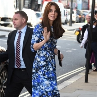 Kate Middleton: Tabitha Webb Meg Space Elbise