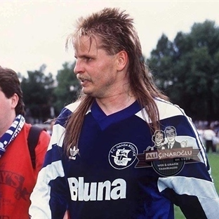 Bundesliga Tarihindeki En İlginç Saç Modelleri ve