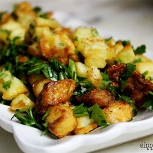 Ekşi Soslu Patates Kızartması