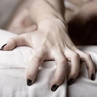 Kadın Neden Orgazm Taklidi Yapar?
