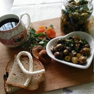 Kahvaltılık Zeytinleme Nasıl Yapılır?