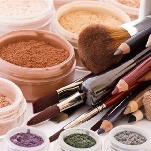 Mineral Makyaj Nedir? Zararı Var mıdır?