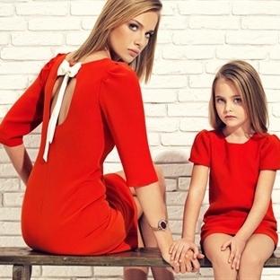 Moda Artık Anne – Kız Giyinmek
