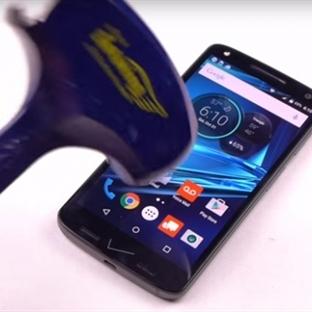 Motorola Droid Turbo 2 'Bana mısın' Demiyor!