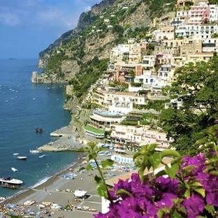 İmparatorların ve Ünlülerin Tatil Adası: Capri