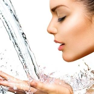 Neden Sıcak Su İçilmeli ?