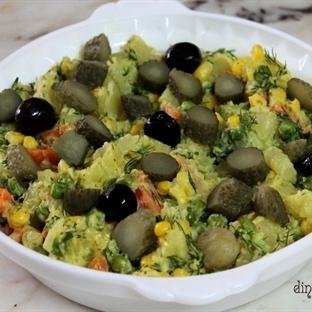 Patatesli Garnitürlü Salata