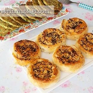 Peynirli Gül Böreği (Videolu Tarif)