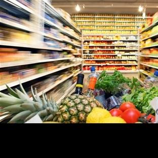 Polonya Erasmus Market Alışverişi