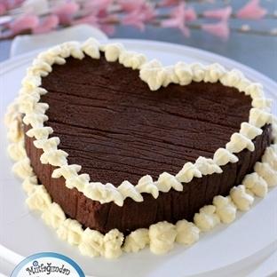 Unsuz Cikolatali Kek - Roberta Heart Cake