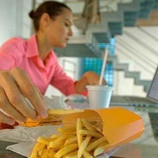Dijital Çağ Beslenme Alışkanlarımızı Nasıl Etkiliy