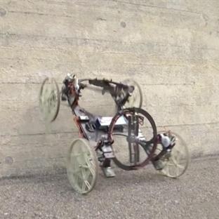Disney Düz Duvara Tırmanan Robot Geliştirdi