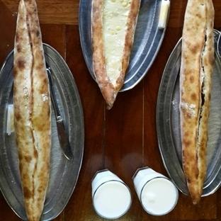 Karadeniz Pidesi Yemek İsteyene
