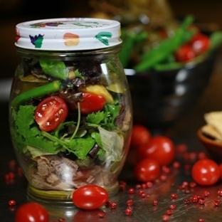 Kavanoz Salata Hem Sağlıklı Hem Eğlenceli