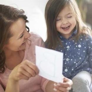 Kız Çocuklar Konuşmada Daha Yetenekli