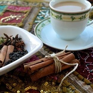 Masala Çayı (Chai Latte)