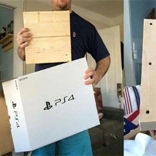 PlayStation 4 Kutusundan Aynı Boyda Tahta Çıktı!
