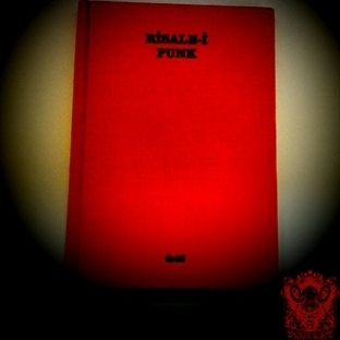 Risale-İ Punk (Kitap İnceleme)