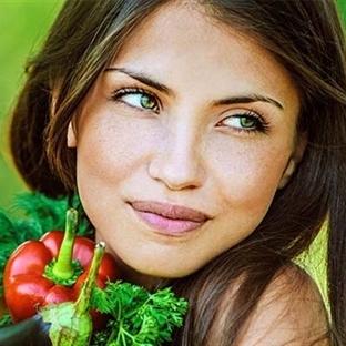Sağlıklı Saçlar İçin Sağlıklı Beslenme