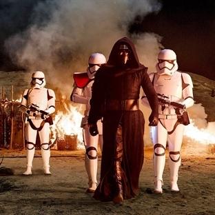 Star Wars Episode VII: The Force Awakens (2015)