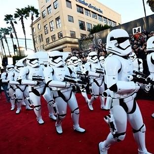 Star Wars Güç Uyanıyor Rekorlarla Başladı