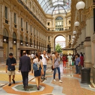 Yarım Günde Milano