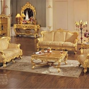 Altın yaldızlı koltuk takımı