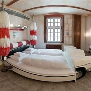 Araba Temalı Yatak Odası Dekorasyon Örnekleri