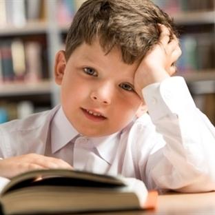 Çocuğun orta kulak iltihabı başarısını etkiliyor
