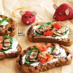 Domatesli, Mantarlı Kızarmış Ekmek